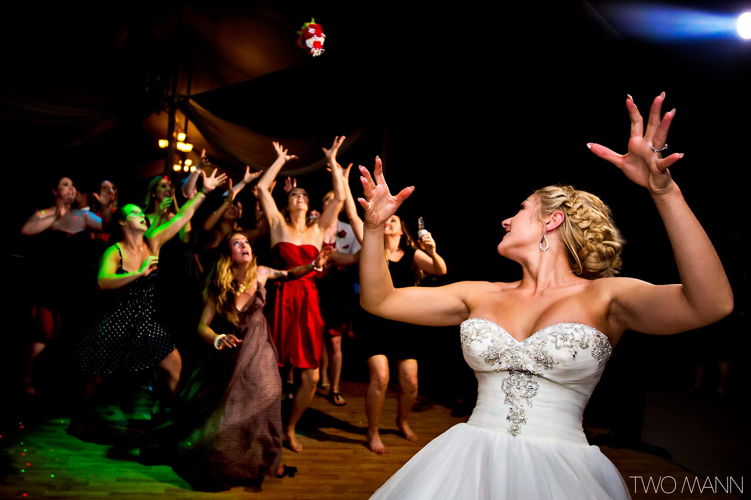 bride and her friends' dancing performance